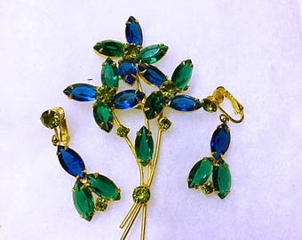 Vintage Demi Parure Set 1950s 1960s Brooch Earrings . Blue Green Rhinestone Flower Brooch & Earrings Set . Large Floral Spray 3.5  Inch