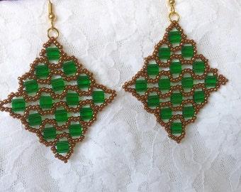 Tila Transparent Pistachio Green Earrings.... (Free shipping to Canada & USA)