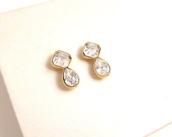 Vintage Sparkling Signed Swarovski Clear Crystal Earrings - Gold Plated - Swan Mark