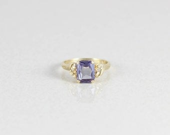 10k Yellow Gold Purple Sapphire Ring Size 5 1/4