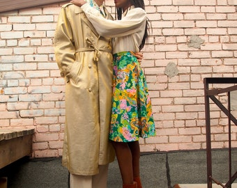 Glam 1980s / 80s Sophisticated Oversized Vintage Gold Metallic Shiny Urban Street Chic Futuristic Long Trench Coat Party Jacket