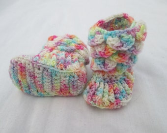 Newborn baby pixie booties, pastel rainbow booties, crocodile stitch booties, dragon scale booties, handmade baby booties, crocheted booties