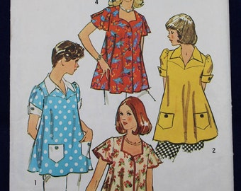 1970's Sewing Pattern for a Woman's Maternity Top in Size 12 - Simplicity 6178