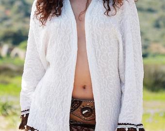 WHITE KIMONO • Leather cowrie shells lace boho indie gypsy fringes