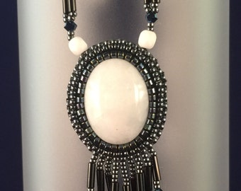 Tutorial: Dark Sister Necklace