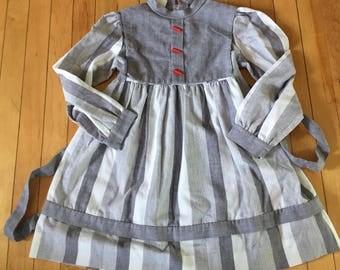 Vintage 1960s Girls Nannette Grey Stripe Crayon School Dress! Size 6X