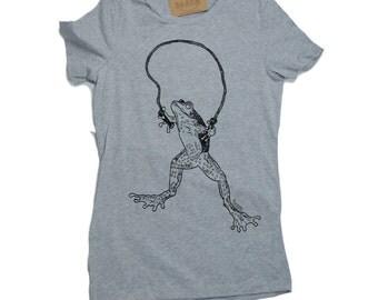 Womens TShirts - Graphic Tees for Women  - Frog Tee - Fashion TShirts - Cool Tee Shirt - Cute Tshirts - Grey Tees