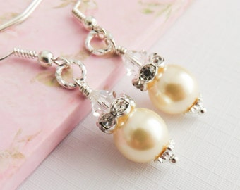 Ivory pearl earrings, bridesmaid earrings, bridal jewelry, ivory wedding jewelry, bridal party gift, dangle and drop