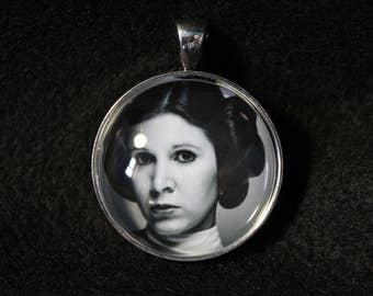 Star Wars Princess Leia Necklace