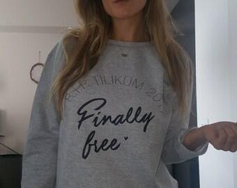 R.I.P Tilikum 2017 - Finally Free Womens Sweatshirt