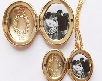 Photo Locket Necklace / Matching Mommy Daughter Necklaces / Mother of the Bride Gift / Family Necklace for Wife