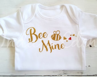 Valentine Bee Mine Baby Vest Gold Glitter Personalised Baby Grow Babygrow Gift Photo Prop