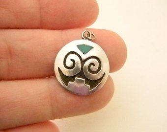 Hand Crafted Native American Design Silver Turquoise Necklace Pendant