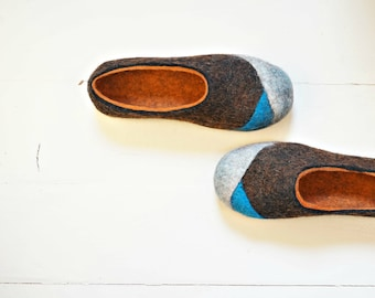 Slippers women size 8-8.5, Organic wool slippers, Slipper shoes, Home slippers, Comfy slippers, Best gift for her, Brown orange slippers