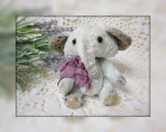 Teddy Elephant Elvina 16 cm.
