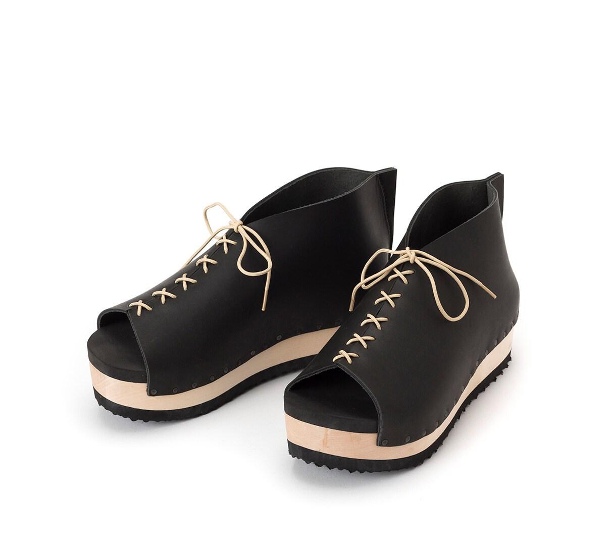 black s oxfords tie shoes wooden clogs
