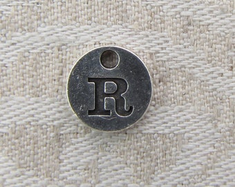 "Silver Upper Case Letter ""R"" Charm 1 or 5 letters per package  ALF008r"