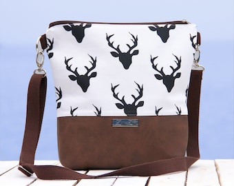 shoulder bag -Hirsch- Handmade, Deer, Unique, ZwillingsZwirn