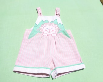 vintage baby togs baby girls bib shortall romper size 2t see measurements no size tag pink white green stripe with baby lion design