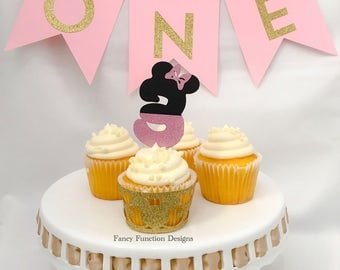 Minnie Mouse themed cupcake topper; Minnie Mouse Decoration