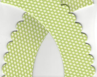 CUPCAKE WRAPPERS (12 pc)  --  Lime/Chartreuse Green & Ivory
