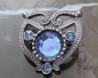 Beautiful Blue Rhinestone Brooch ~ Would Look Lovely When Dressing Up or Down ~ Add It to a Hat or Scarf for Embellishment