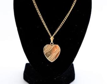 9ct Gold Heart Locket & chain  c1970 s 10.7grams