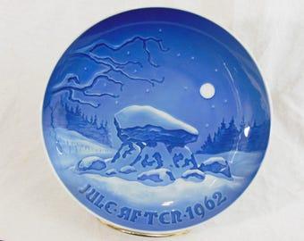 Copenhagen Porcelain, Christmas Porcelain Collector Plate, 1962 Oldtidsminde