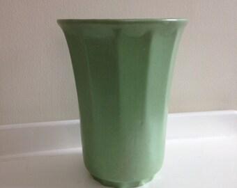 Vintage Sage Green Heager Vase, large green Haeger Vase, vintage green ceramic vase, art pottery