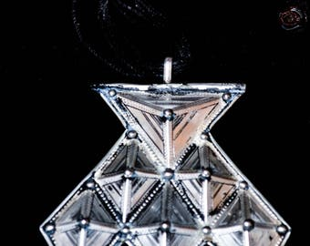 FREE SHIPPING. Handmade Khomeissa, Hamza, Khomissar necklace. Silver Tuareg pendant. Amulet, talisman, protection. Saharan, ethnic jewellery