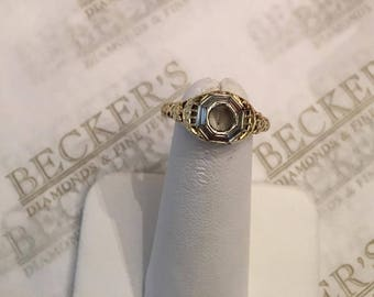 Art Deco 14k white and yellow gold Empty Filigree Ring Mounting for an app. .25 ct round stone, Floral Accents and Octagonal top, size 6.75