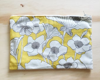 Floral Zip Pouch // Pencil Pouch // Medium Zip Pouch