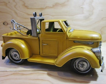Vintage Chevy Tin Metal Toy Tow Truck * Collectibl Chevrolet Tow Truck * Rustic Chevy Tin Metal Wrecker Truck