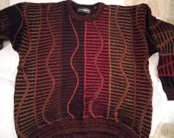 Tundra Men's Sweater size Large-Black, burgundy