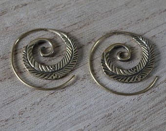 Pair of small pair of spiral earrings