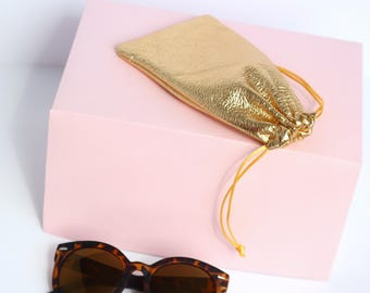 Gold Leather Sunglasses Case // Sunglasses Sleeve // Glasses Bag // Metallic Leather Glasses Pouch / Small Leather Bag / Sunglasses Holder