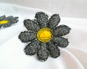 Brooch Tweed Flower. Flower Brooch. Textile Brooch. Felt Brooch. Tweed Brooch.Single Flower Brooch.Flower Pin.Fabric Flower.Stitched Flower.