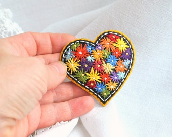 Felt heart brooch Hand embroidery flowers colorful brooch Handmade embroidery art jewelry Modern floral embroidery heart brooch Heart pin