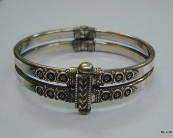 Traditional design sterling silver bangle bracelet cuff handmade jewellery