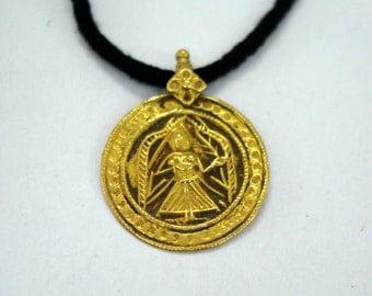 21kt gold pendant necklace amulet hindu goddess deity maa vintage antique