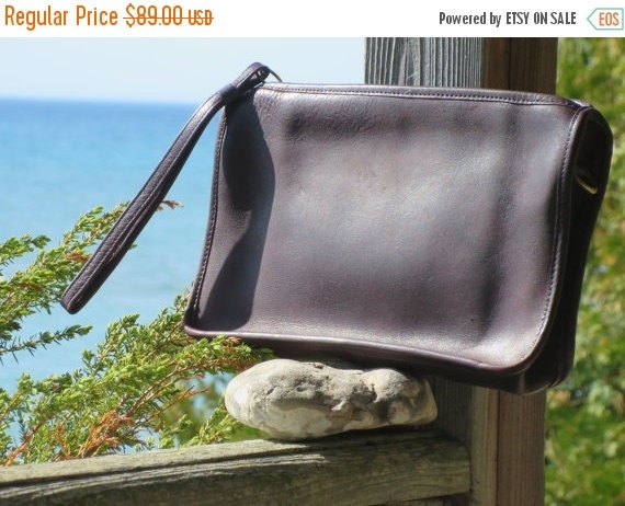 Football Days Sale Rare NYC Coach Leather Mahogany Brown Clutch Wristlet-Bag # 5122 Made in New York City 1970's