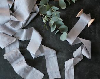 Hand dyed silk ribbons, light grey, 1 m/1,09 yard