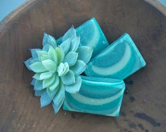 Fig Leaves Soap || cold process | artisan | handcrafted soap | green | ombre | earthy | floral | spring | gift