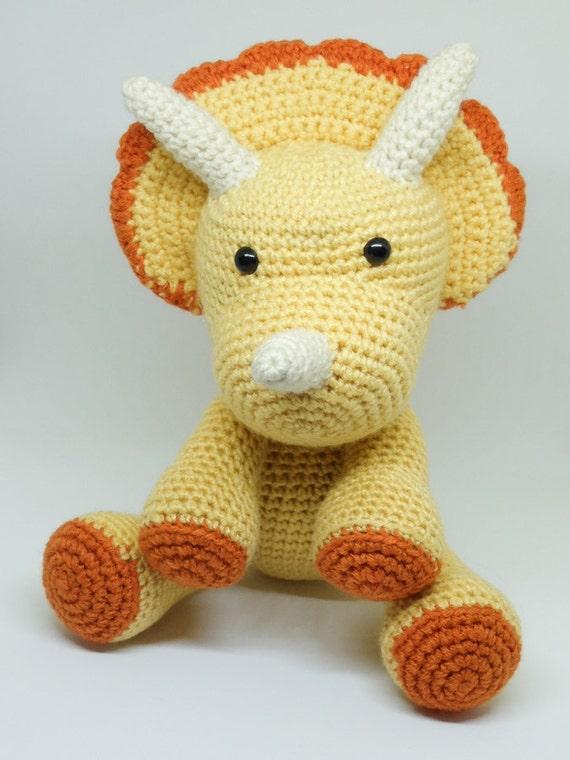 Amigurumi Dinosaur : Triceratops Dinosaur Stuffed Toy Crochet Amigurumi