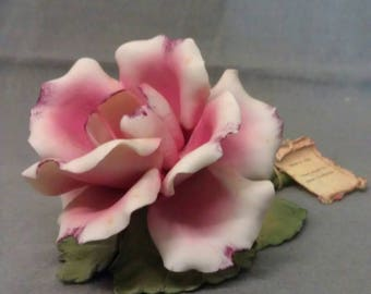 Capodimonte Dea Made in Italy Napoli Pink and Beige Flower on Green Stem Flower Figurine