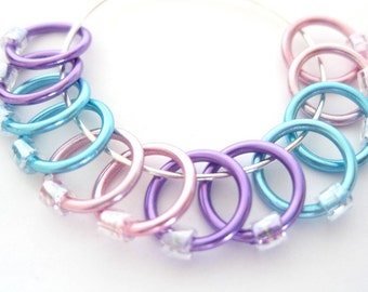 Large No snag stitch markers | Knit stitch marker | Lace stitchmarker | Tools for Knitting | lavender, pink, blue rings; clear beads | #1167