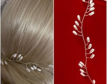 Bride hair Crown Pearl tiara hair accessories wedding style romantic wedding