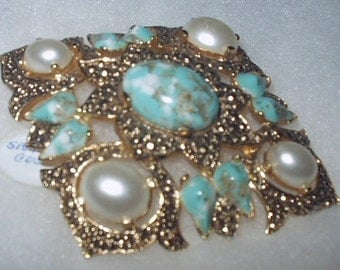 Vintage SARAH COVENTRY Turquoise Marquisite brooch