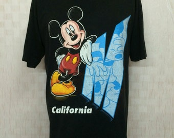 Vintage MICKEY MOUSE Velva Sheen Tshirt Poly Cotton 50/50 Size Large
