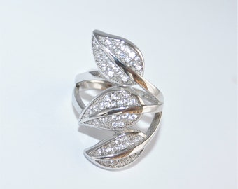 Micro Pave 3 Leaves Sterling Silver Ring